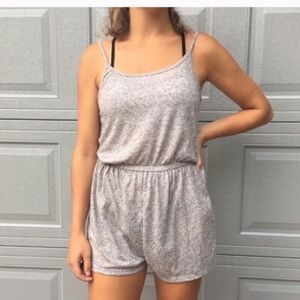 Divided gray spaghetti strap stretchy Romper